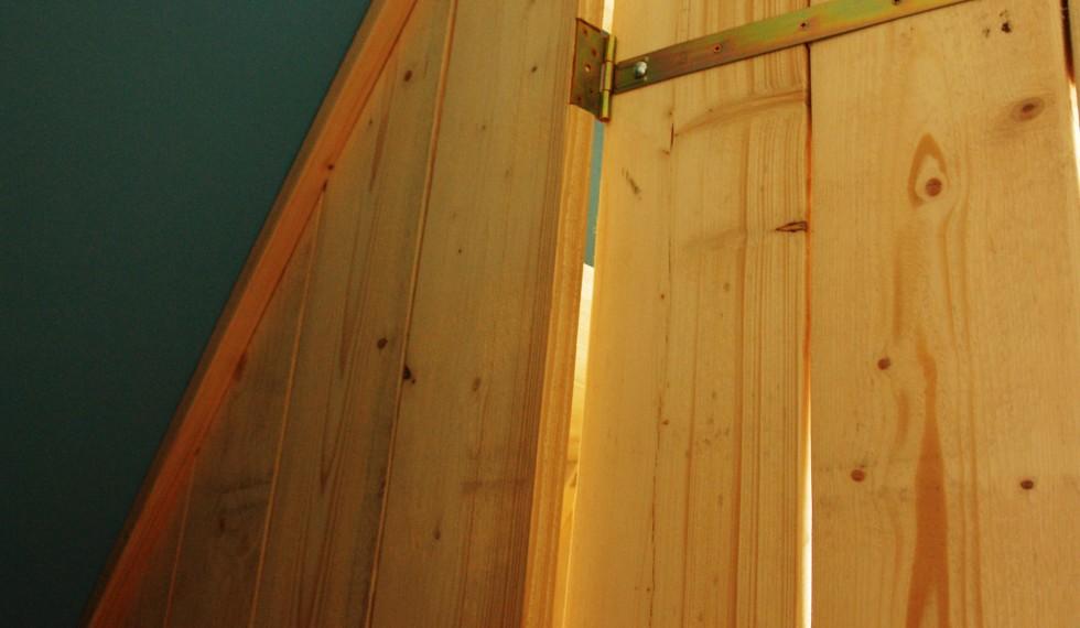 steigerhouten bedstee Leander R04 012