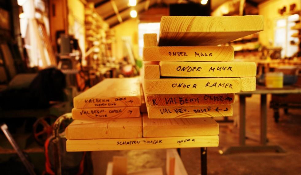 stapelbed en kast van nieuw steigerhout R04 009