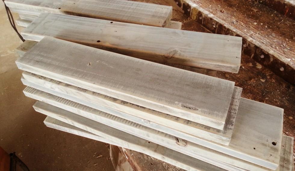 kast van sloophout en klimwand R04 004