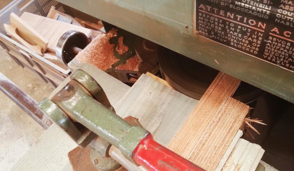 kast van sloophout en klimwand R04 006
