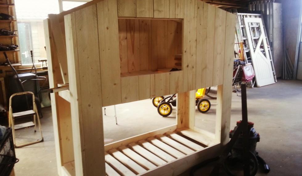 stapelbed hut steigerhout thijs R04 008