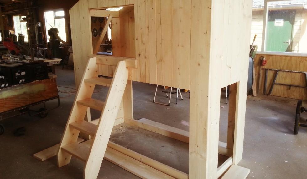 stapelbed hut steigerhout thijs R04 009