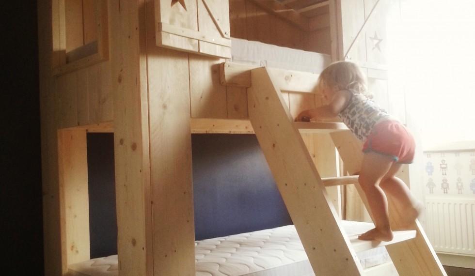 stapelbed hut steigerhout thijs R04 011